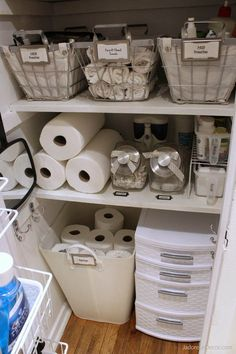 Excellent Screen Bathroom Storage laundry Ideas Soon after good bathroom storage suggestions? Bathroom storage is usually very important to maintain College Closet Organization, Bathroom Closet Organization, Small Apartment Organization, Bathroom Organisation, Organization Hacks, Bathroom Ideas, Organizing Ideas, Organized Bathroom, Clothing Organization