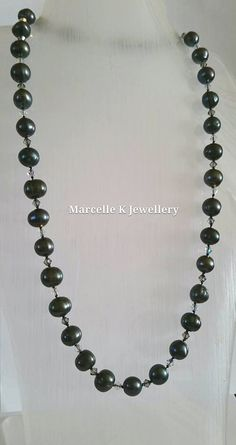 Black Diamond and Pearls. Black Pearl and Swarovski crystal Elements by MarcelleKDesigns on Etsy