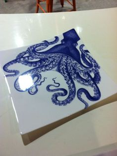 Blue Octopus square plate