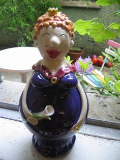 aufwändig gestaltete Figuren aus Keramik von Gabi Winterl: Prinzessin