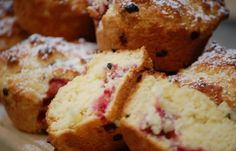 Sweet Treats – Strawberry and Passionfruit Muffins « The $120 Food Challenge