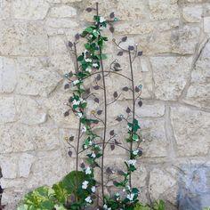 Outdoor Yard Decor – Garden Trellis – Coral Coast Jeweled Grape Vine Metal Wall Garden Trellis