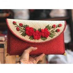 Red Clutch Glitter Flower Pandanus Bag With Clip Closure. These bags are handmade suitable for wedding clucth. Size : x x Glitter Flowers, Red Clutch, Wedding Clutch, Coin Purse, Artisan, Closure, Handmade Gifts, Bags, Souvenir
