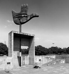 Main Ouverte  Reportage Le Corbusier by Cemal Emden  LE CORBUSIER