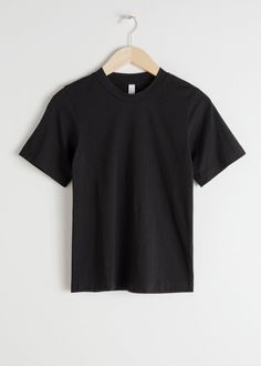 Basic Straight Fit T-Shirt - Black - Tops & T-shirts - & Other Stories Organic Cotton T Shirts, Tie Dye Shorts, Ribbed Turtleneck, Fashion Story, Short Outfits, Black Tops, Crew Neck, T Shirts For Women, Clothes