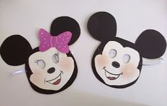 This page has a lot of free mickey mouse craft idea for kids,parents andp preschool teachers. Minnie Mouse Pinata, Mickey Mouse Letters, Mickey Mouse Headband, Mickey Mouse Party Decorations, Mickey Mouse Cookies, Mickey Mouse Clubhouse Party, Toddler Art Projects, Toddler Crafts, Preschool Crafts