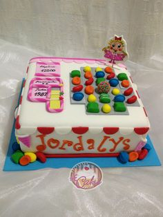 Another Candy Crush Saga Cake Candy Crush Cakes, Candy Crush Saga, Top Candy, Getting Organized, Crushes, Birthday Cake, Sweet, Desserts, Gifts
