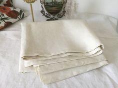 French vintage piece of thin Canvas in pure Linen fabric, coupon of white linen de la boutique VintagedeFrance sur Etsy