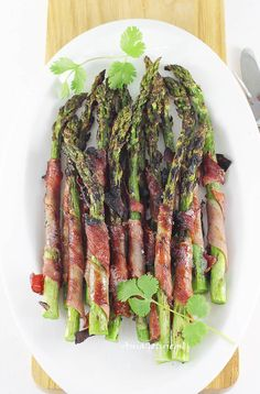 Grillin And Chillin, Asparagus, Barbecue, Meal Prep, Good Food, Food Porn, Food And Drink, Healthy Recipes, Snacks