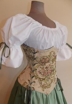 Countess Rose Under-bust Corset Set – renaissance clothing, medieval, costume – Style is art Renaissance Fair Costume, Medieval Costume, Renaissance Clothing, Medieval Dress, Renaissance Outfits, Renaissance Corset, Steampunk Clothing, Vintage Dresses, Vintage Outfits