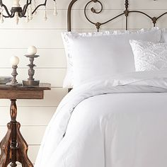 I got an exclusive look at the new Jessica Simpson HOME collection from Home Outfitters! This set looks so fresh and crisp! Ruffle Bedding, White Bedding, Bedding Sets, Barn Wood Signs, French Country Decorating, Fashion Room, Home Collections, Small Spaces, Home Furniture