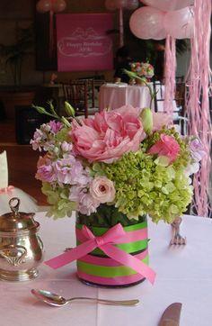 Such a fun table arrangement for a pink party! Floral by Bella Flora of Dallas #bflive www.bellafloraofdallas.com
