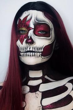 Easy neon skeleton makeup pretty women can inspire from and use for Halloween. Easy neon skeleton makeup pretty women can inspire from and use for Halloween. Halloween Skeleton Makeup, Amazing Halloween Makeup, Halloween Makeup Looks, Pretty Skeleton Makeup, Skeleton Costume Women, Skeleton Face Paint, Halloween 20, Helloween Make Up, Beste Mascara