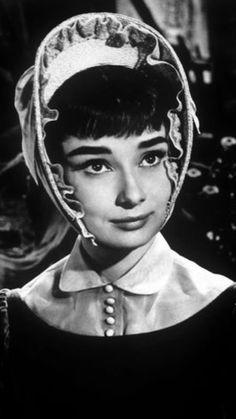 Audrey Hepburn-War and Peace-