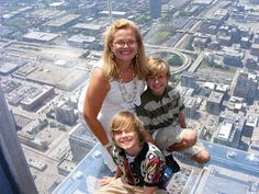 Road Trip to Chicago - The Sears Tower i.e. Willis Tower Oh Man, we LOVE the Sky Deck!