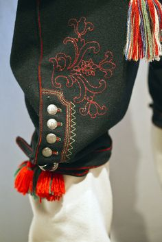 detailing on the pants for a man's bunad from Telemark