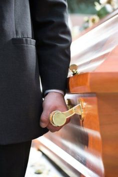 Tips on how to plan a more affordable funeral