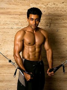Six pack abs workout routines differ in terminology of style and intensity. Usually, mens exercise plans are definitely more rigorous than those of females for the basic reason that they've usual Six Pack Body, Six Pack Diet, Six Pack Abs Men, Sixpack Abs Workout, Sixpack Training, Abs Workout Routines, Ab Workouts, Bodybuilding For Beginners, Surya Actor