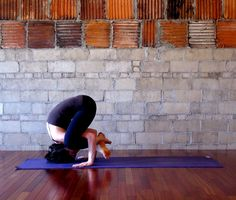 You can learn how to do Shoulder Pressing Pose! #yoga #inversions