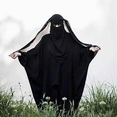 "116 Likes, 3 Comments - Nasara boutique  islamicpage (@niqabinworld) on Instagram: ""#burqa #tawheed #niqab #hicab #jilbab #muslimahwear #islam #quran #sunnah"""