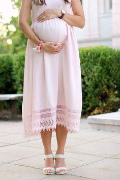 Maternity Fashion // Pink Crochet Maxi Dress