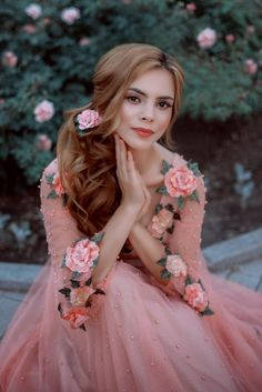 Flower Girl Photos, Girls With Flowers, Flower Girl Dresses, Pink Wedding Colors, Innocent Girl, Romantic Outfit, Cute Girl Photo, Beautiful Girl Image, Girl Photography Poses