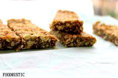 Raw vegan oat bars