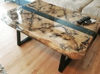 Crystal Clear Bar Table Top Epoxy Resin Coating For Wood Tabletop - Wood projects - Wood Resin Table, Epoxy Resin Table, Into The Woods, Woodworking Epoxy Resin, Tabletop, Wood Table Design, Resin Furniture, Furniture Redo, Repurposed Furniture