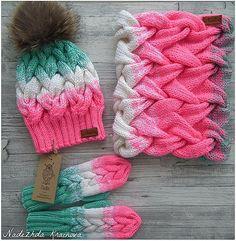 Красивый мятно розовый комплект связан на заказ для маленькой красавицы , цена на заказ 5500 #связаноназаказ #ручнаяработаназаказ #шапка#вяжуслюбовью❤️❤️❤️ #вязаниемоехобби #вязание #хэндмэйд #likesforlikes #likes #like4like #followher #pleasefollow #instagramdogs #instagramers #moscow #handmade #knit #knits #knitting