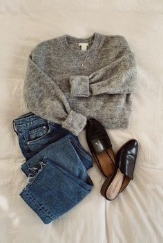 Look Fashion, Fashion Outfits, Womens Fashion, Fashion Flatlay, Sporty Fashion, Ski Fashion, Fashion Guide, Fall Winter Outfits, Autumn Winter Fashion
