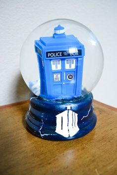 Doctor Who the TARDIS in flight snow globe by TardisTreasures