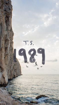 1989!!!♡♡