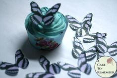 Fancy butterfly cupcake toppers with a purple and black pattern make it easy to decorate a cake or cupcakes. Edible and made with FDA approved food coloring inks, these are precut and ready to put directly onto the cake straight out of the package. Spring Cake, Summer Cakes, Fall Cakes, Cake Decorating Tutorials, Cookie Decorating, Decorating Ideas, Wafer Paper Flowers, Butterfly Cupcakes, Balloon Cake