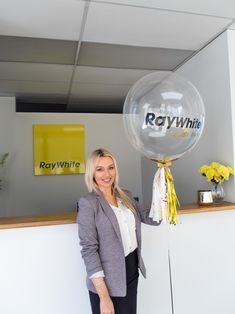 Raywhite Beulah Park with Gold Customised Balloon #Gold #Luxury #Lux #Goldballoons #Confettiballoons #Confetti #Adelaideballoons #Classy #Elegant #Balloons #Corporate #Raywhite #RaywhiteBeulahPark #Decor #Partydecor #Confettigoldballoons #PuffandPop