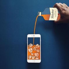 Anshuman Ghosh, a passionate artist created the creative mashups that show us another potential function of iPhone: forming illustrations with paper crafts. Web Design, Graphic Design, Graphic Art, Branding, Application Telephone, Performance Artistique, Photo Instagram, Instagram Posts, Paper Art