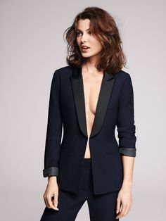 1.2.3 Paris - Collection automne-hiver 2012 - Veste Gilda / Pantalon Maelle #tailleur #smoking #bleu #blue #suit #automne #hiver #autumn #winter #mode #fashion #123paris #123 #chic #elegance