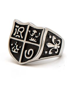 Monsieur Shield Ring