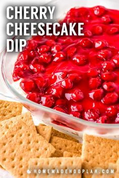 Have the taste of classic cherry cheesecake to your party without all the trouble thanks to this easy four-ingredient cherry cheesecake dip. Perfect to make in advance and easy to customize with different cookies or crackers. New Year's Desserts, Tolle Desserts, Thanksgiving Desserts Easy, Dessert Dips, Dessert Recipes, Recipes Dinner, Summer Desserts, Appetizer Recipes, Appetizers