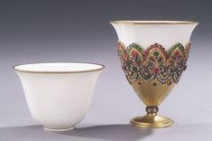 An Ottoman gold and jewelled coffee cup holder (Zarf), with ceramic cups. Zarf is also the word for the paper sleeve that wraps around disposable coffee cups today. Craving Coffee, Disposable Coffee Cups, Coffee Cup Holder, Turkish Coffee Cups, Coffee Gifts, Handmade Copper, Ottoman Empire, Ceramic Cups, Tea Party