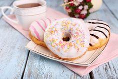 Grundrezept: Donuts selber machen - so geht's - BRIGITTE