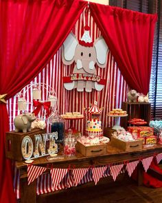 Check out this amazing Vintage Circus Birthday Party The dessert table and backdrop are fantastic See more party ideas and share yours at Carnival Baby Showers, Circus Carnival Party, Circus Theme Party, Carnival Birthday Parties, First Birthday Parties, Birthday Party Themes, Birthday Candy, Birthday Table, Dumbo Birthday Party