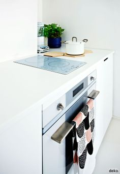 White kitchen. From Scandinavian Deko.