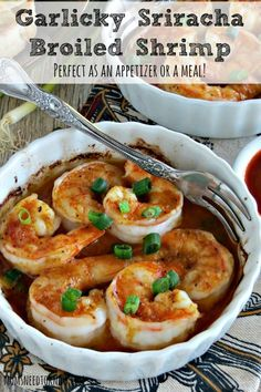 Broiled Garlic Shrimp with Sriracha Sauce by Moms Need to Know