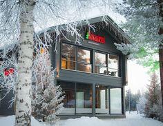 Bâtiment Kieppi de Rovaniemi Maisons en Bois au Village du Père Noël en Laponie