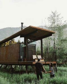 """Determine even more information on """"bunk bed ideas for small rooms"""". Visit our s. - Determine even more information on """"bunk bed ideas for small rooms"""". Visit our site. Modern Tiny House, Tiny House Living, Tiny House Design, House 2, Bunk Beds Small Room, Kids Bunk Beds, Small Rooms, Loft Spaces, Prefab Homes"""