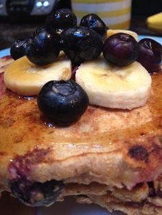 Eat Skinny Be Skinny's Whole Wheat Blueberry Banana Pancakes