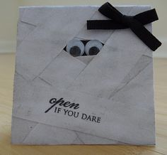 Halloween craft! and this will be an amazing idea for my anniversary next year! win!