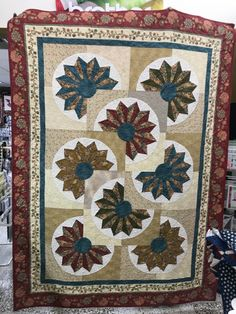 Quilts, Rugs, Home Decor, Farmhouse Rugs, Homemade Home Decor, Comforters, Quilt Sets, Types Of Rugs, Kilts