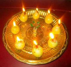 Diwali Decorations, Festival Decorations, Flower Decorations, Temple Room, Silver Lamp, Rangoli Designs Flower, Pooja Room Design, Indian Rangoli, Puja Room