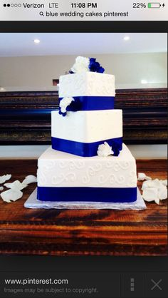 cobalt blue wedding cake